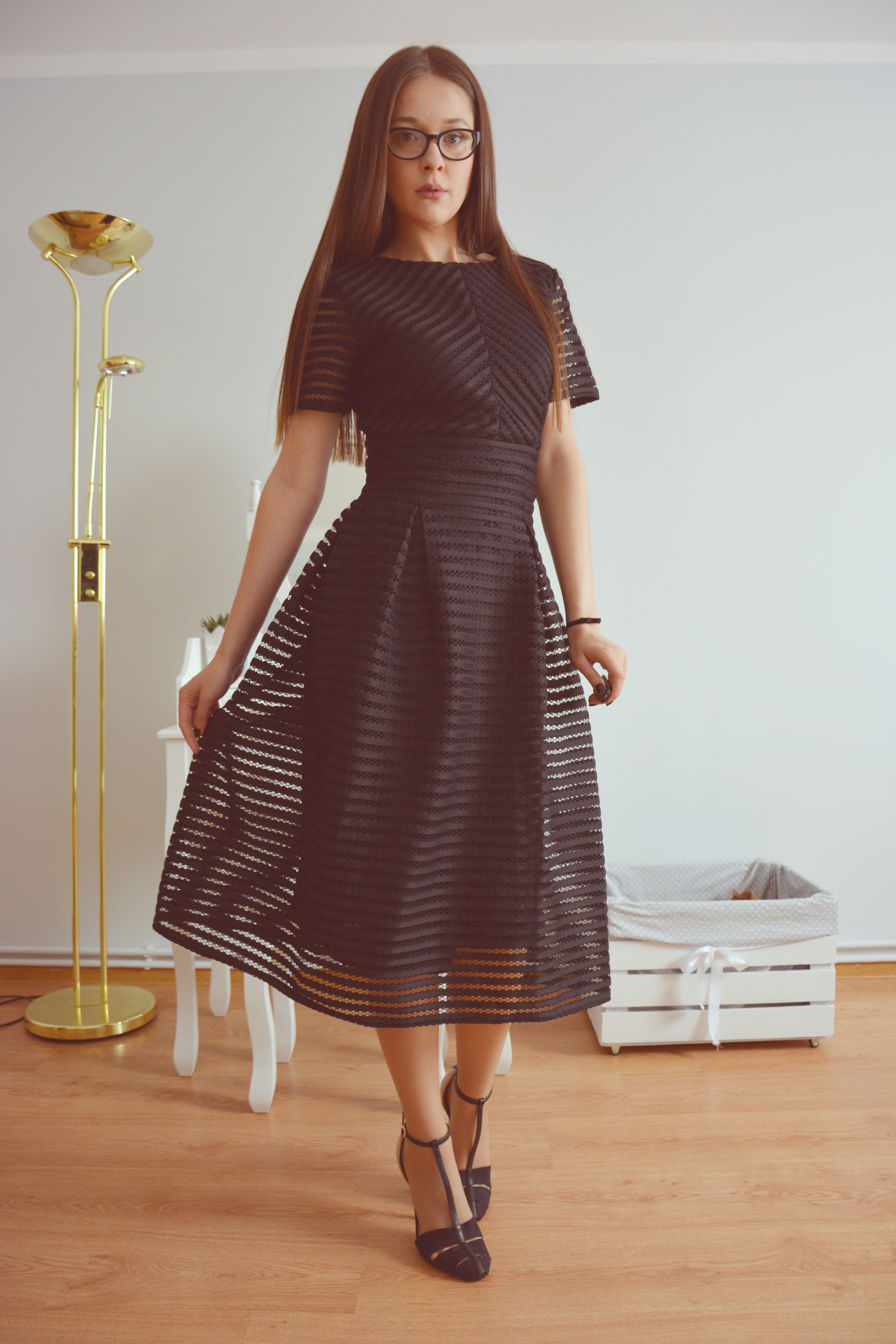 Black Midi Dress World Fashion Style Eve